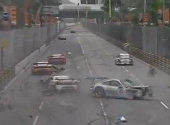Массовая авария на гонке Чемпионата GT Cup в Макао